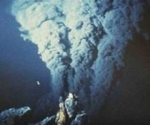 Undersea_volcano03_med